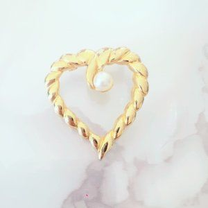 Gold Tone Faux Pearl Heart Brooch